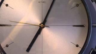 """Metamec Vintage Retro """"aztec""""1960's / 70's Metamec Battery Operated Wall Clock"""