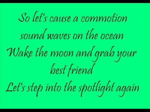 Hannah Montana - Spotlight lyrics
