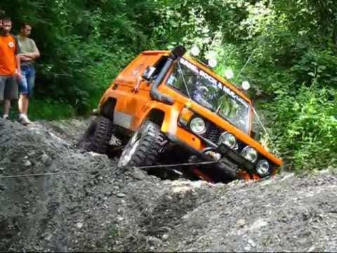 toyota off road 4x4 pr par tout terrain youtube. Black Bedroom Furniture Sets. Home Design Ideas