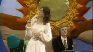 The Carpenters top of the world 綺麗な動画と音でどうぞ。