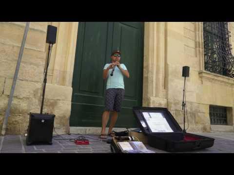 Live! Forest Gump Oboe Street Music In Malta, Valletta