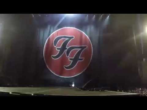 Foo Fighters LIVE @ Milton Keynes 2015 (FRONT ROW)