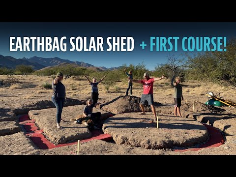 Earthbag/Hyperadobe Solar Shed Office - First Course - Laying Bags
