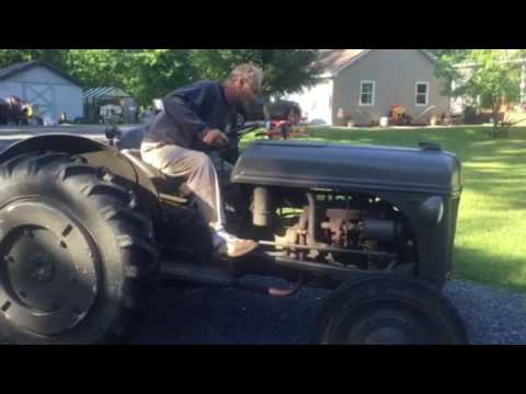 Ford 2N with auxiliary Howard transmission