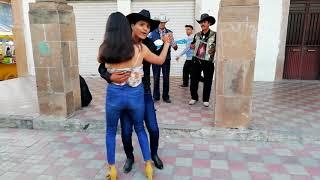 Las mujeres bailadoras de degollado jalisco ????