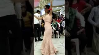 شوفوا شلون اختها ترقص بعرسها وزعلانة 💔😭