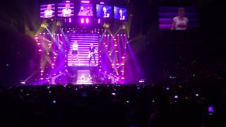"Hunter Hayes w Taylor Swift ""I Want Crazy"" Bridgestone Arena 9.21.13"