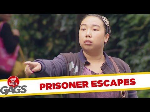 Escaped Convict Prank !