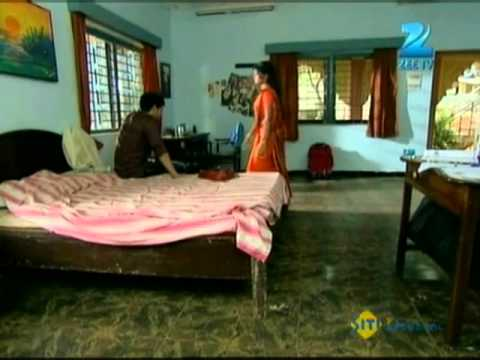 Download Afsar Bitiya   Best Scene   March 29 '12   Mitali Nag, Kinshuk Mahajan   Zee TV