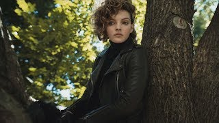 Selina Kyle | eavesdrops on Bruce and Silver [Gotham 2x10] 2 / 4