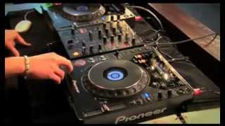 DJ Beat Matching Tutorial - Using The Cue on CDJ Turntable - Cue And Throw Tutorial