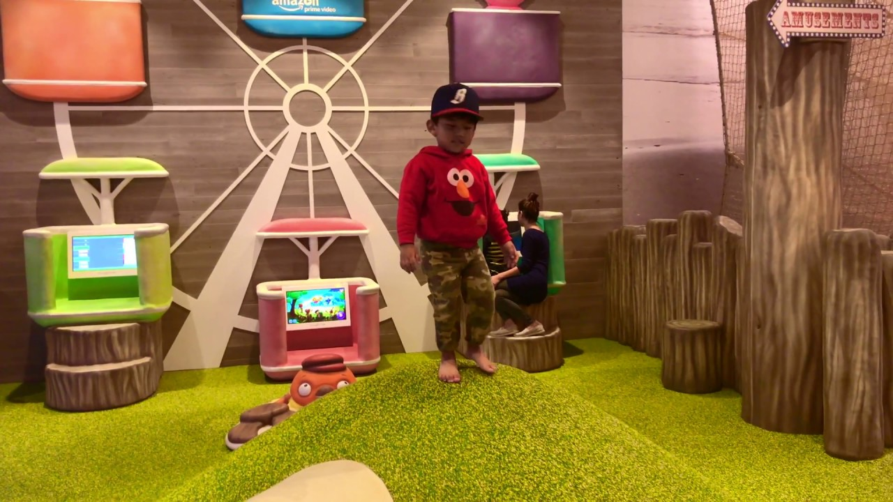Garden State Mall Play Area - YouTube