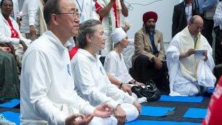 Yoga Demonstration by Spiritual Leader Sri Sri Ravi Shankar on the UN International Day of Yoga