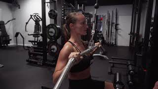"""EX 1: VERTICAL PULL * SAGITTAL PLANE * BILATERAL SYMMETRICAL STANCE """"TRADITIONAL LAT PULLDOWN"""""""