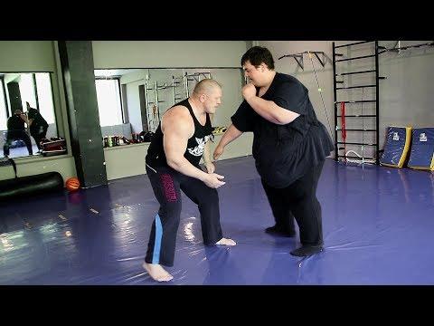 Боец MMA против толстяка 260 Kg / Fatboy Vs Fighter MMA