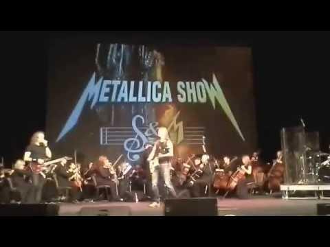 Смотреть клип Metallica show с симфоническим оркестром- master of puppets онлайн бесплатно в качестве