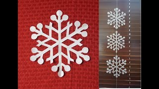 How to make snowflake string decoration using an easy snowflake design