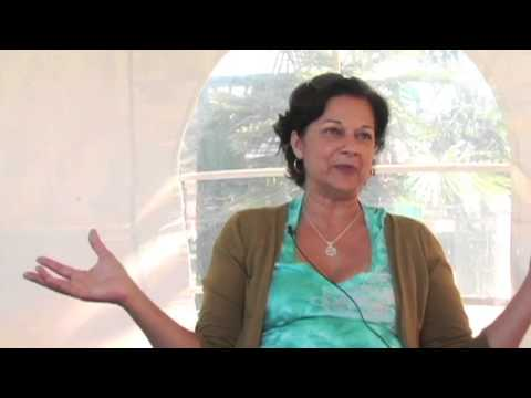 Genie Foon Tells the Story of Her Immigration to the U.S. From Fiji as a Child