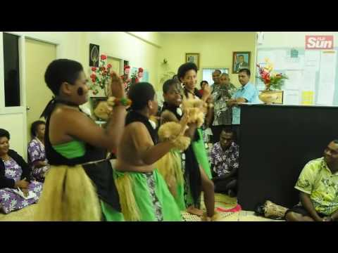 Asian –Pacific Children's Convention APCC participants performed and presented I Tatau to Minister