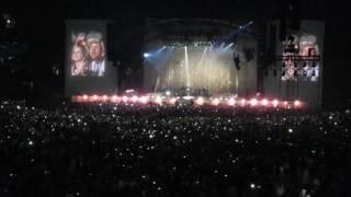Rihanna, Diamonds live concert Anti World Tour in Amsterdam (NL)