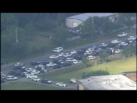 Sheriff: 8-10 People killed in Texas Shooting