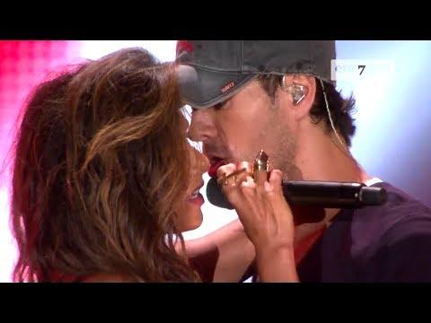 Enrique Iglesias, Nicole Scherzinger – Heartbeat (LIVE HD)