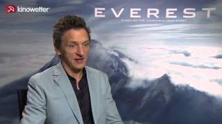 Interview John Hawkes EVEREST