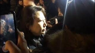 Bộ trưởng Tư pháp Hong Kong bị đám đông tấn công ở London (VOA)