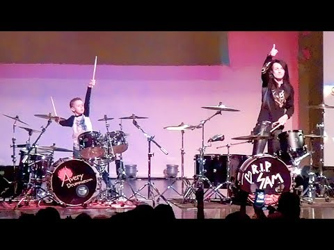 WELCOME TO THE JUNGLE  LIVE  Justin Walker & Avery Drummer Molek
