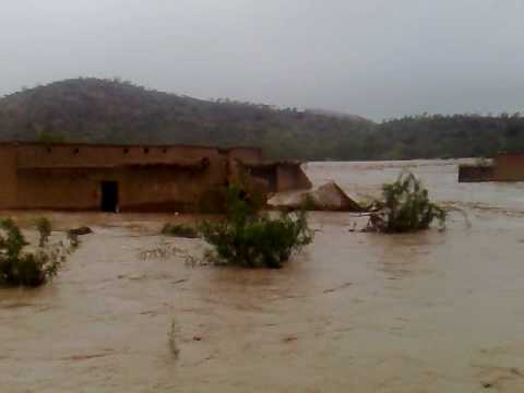 Look how 2010 Flood in North West Pakistan suffer houses