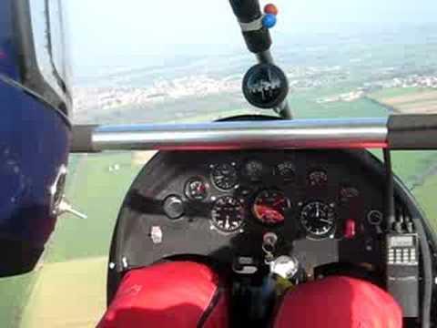 Volo Sul Deltaplano A Motore Rossi Soavi 912 Decollo