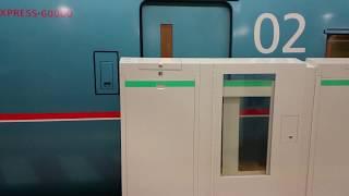 【ホームドアがある駅にロマンスカーが来ると】東京メトロ千代田線表参道駅ロマンスカー到着&発車 thumbnail