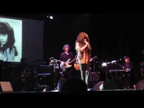 Ronnie Spector Do I Love You 2013