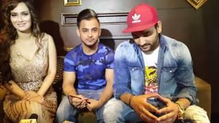 Farhan yahiya interviewing Singer Fazilpuriya and priyanka Goyant and young musician milind gaba