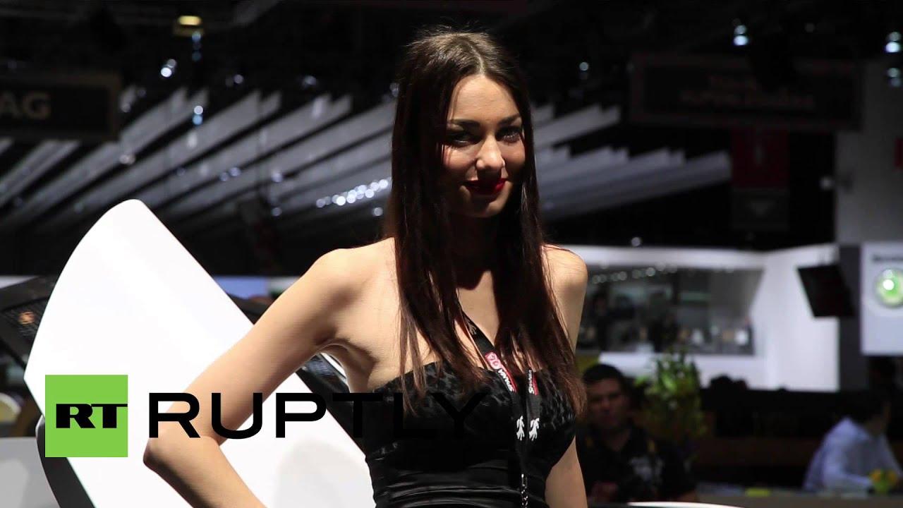 Молодая девушка с огромным выменем видео фото 704-555