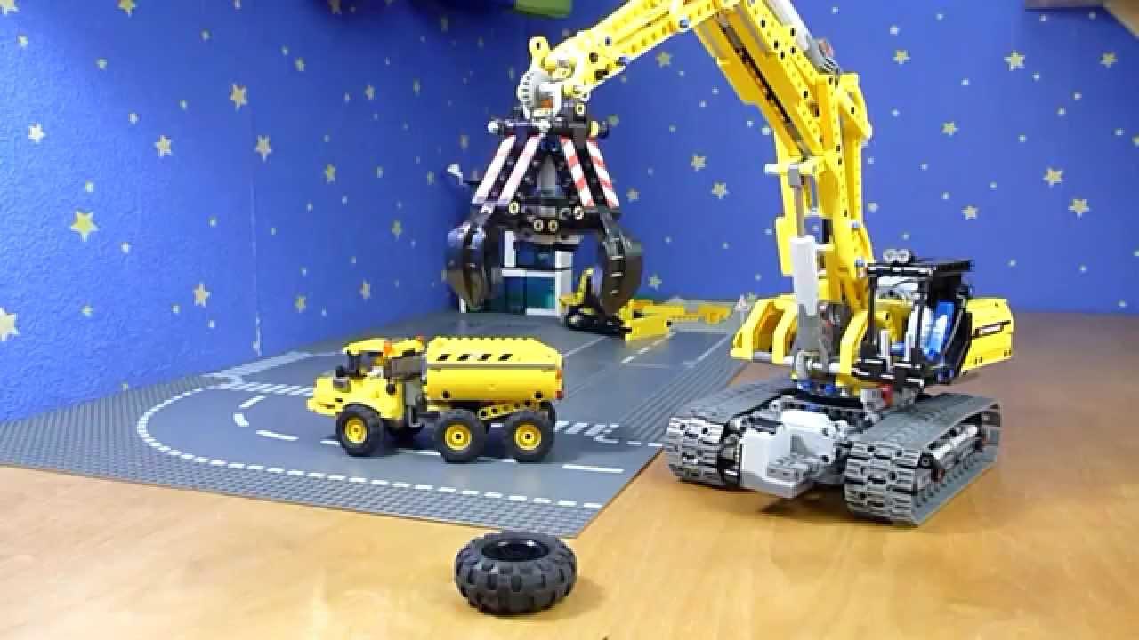 Lego Technic Excavator 42006 Full Motorized Part 1 Youtube