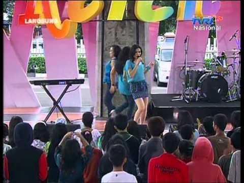 IKA PUTRI Live At Keren (30-11-2012) Courtesy TVRI