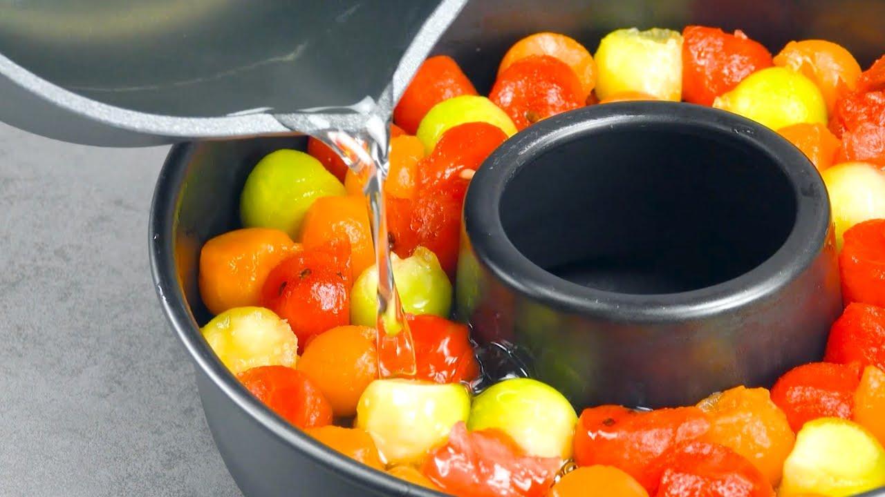 Faça várias bolas e despeje 2 líquidos sobre elas. A melhor sobremesa refrescante!