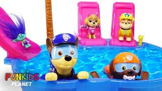 Paw Patrol Pool Party Bath Toys Paddlin Pup Underwater with emoji movie and Trolls