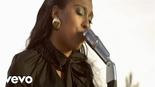 Melanie Fiona - It Kills Me thumbnail