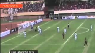 Persipura jayapura vs Bali united   higlights goal