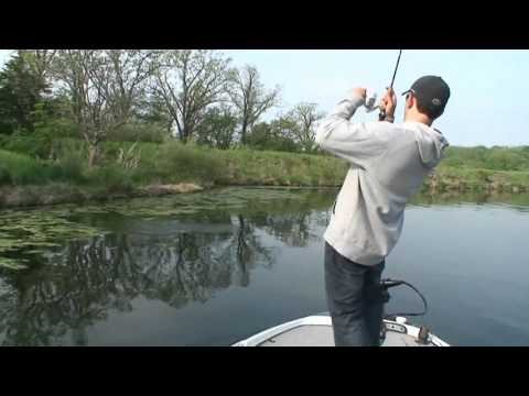 Clear Water Largemouth Bass Fishing Tips