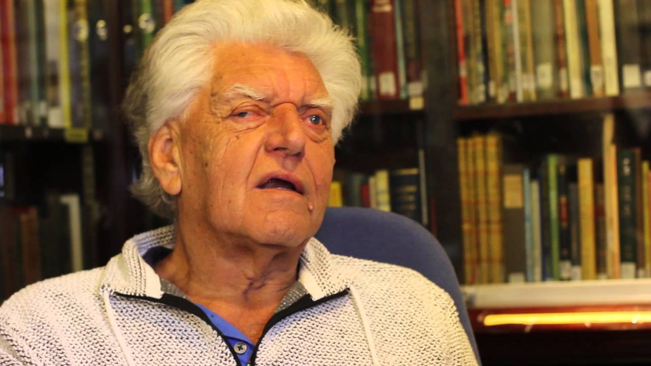 Interview with David Prowse! - YouTube