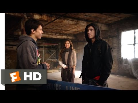 Run (2013) - Joining the Club Scene (2/11) | Movieclips