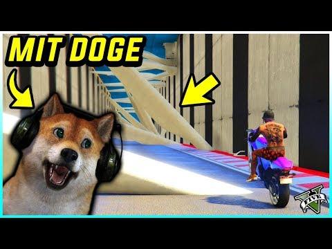 🐶 DOGE spielt geile GTA 5 JOBS! & Dreht Durch!!! 😱 COMMUNITY zocken! 🐶