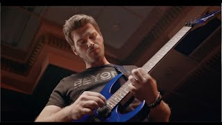 Kıvanç'ın #MaviYaz Gitar Performansı |  Backstage thumbnail