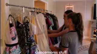 Maddie Ziegler picking a dress for the Teen Choice Awards 2015 + more