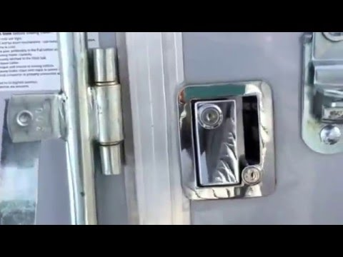 Rv Lock Vs A Bar Lock On A Cargo Trailer Side Door Youtube