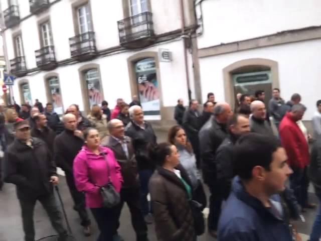 Un millar de ganaderos se manifiestan en Lugo