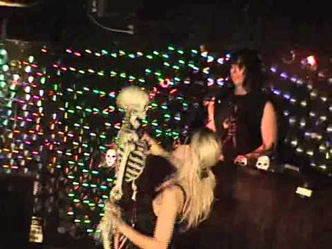 Alice Cooper: Hell is Living without You  Performance : Dragontowndan